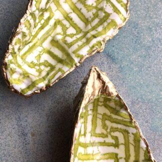 Smykkeskål i bæredygtigt design. Decoupage på kammuslinger og østersskaller.